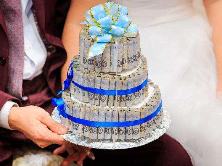 Что подарить на свадьбу: интересные презенты молодоженам
