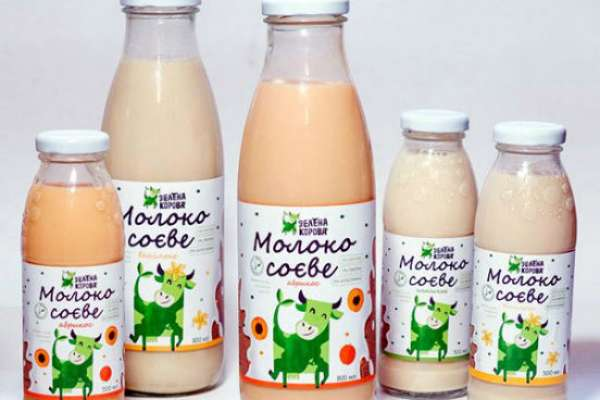 Ученые сравнили разные виды молока