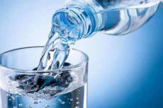 Спирт в воду или наоборот: как правильно разводить спирт водой в домашних условиях