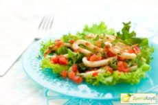 Готовим салаты из консервированных кальмаров!