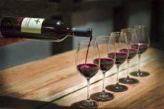 Выбираем красное сухое вино, по собственному вкусу