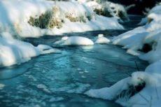 Талая вода: польза и вред для организма, свойства