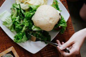 Киев, Одесса, Львов: где поесть, если вы вегетарианец и не пьете пиво?