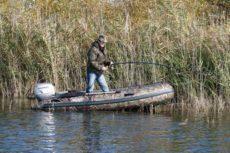 Рыбалка с лодки: Как ловить рыбу с лодки и о чем нельзя забывать на рыбалке