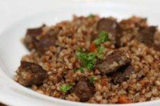 Гречка с тушенкой – сочное блюдо для ужина