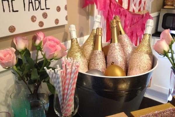 Как покрасить бутылку шампанского на свадьбу — 5 уроков