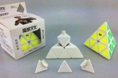 Как собирать треугольный кубик Рубика — описание, схемы и рекомендации