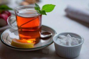Сладкий чай при отравлении (крепкий, зеленый, черный, травяной)