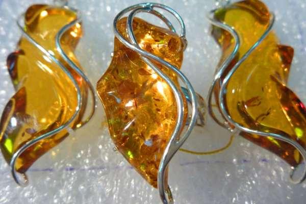 Как чистить ювелирные камни в украшениях