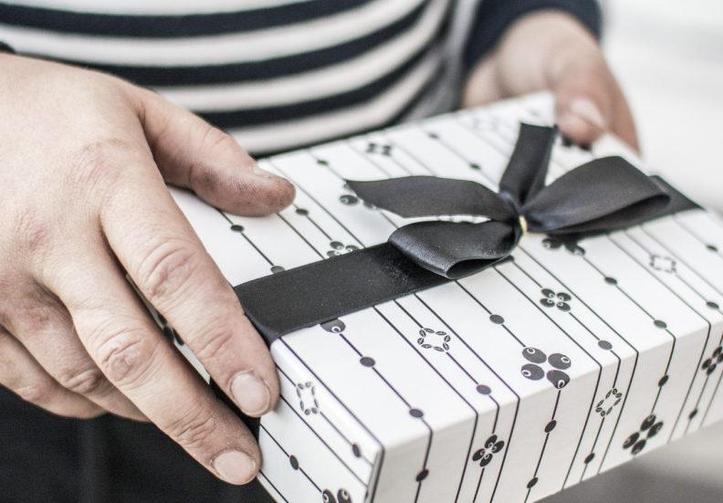 Лучший подарок для мужчины — ошибиться нельзя!