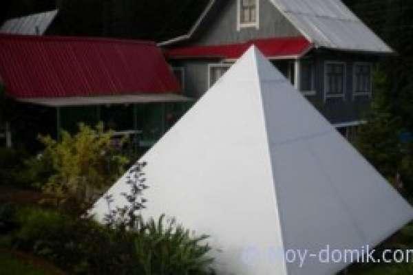 Пирамида в саду своими руками