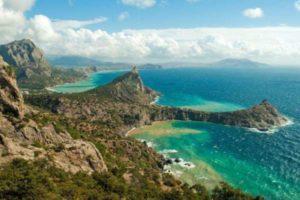Где отдохнуть на Черном море в России: 10 лучших курортов