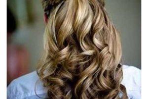 Прически с кудрями на длинные волосы – оригинальные решения