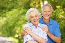 Кому выплачивается пенсия за стаж свыше 40 лет?