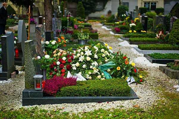 Как сделать место захоронения красивым и ухоженным