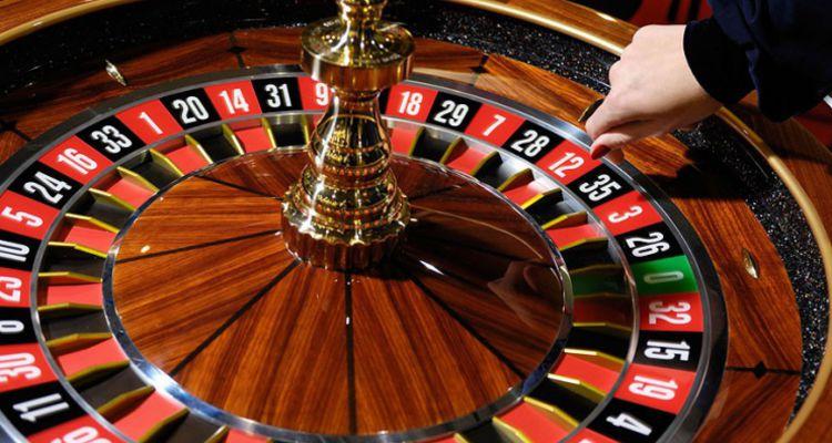 """Игровые автоматы - """"Рулетка"""" азартная игра с королевским размахом"""