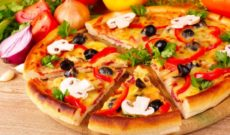 pizza_cheese_pieces_tomatoes_paprika_mushrooms_parsley_43789_1024x600