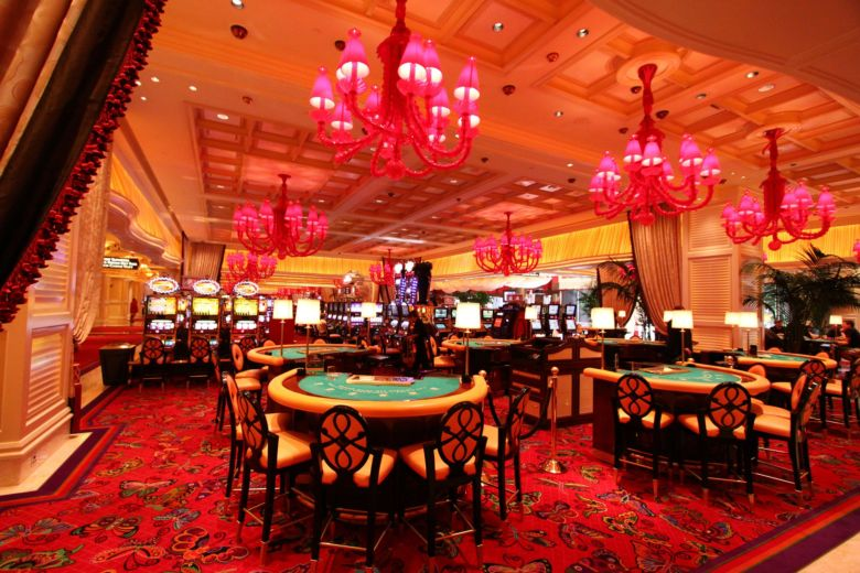 Отличия классического казино от виртуальных